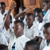 Businge var ude af skolen i et år. Han er blevet gladere, efter han er startet i skole igen. Han elsker at lære nye ting. Hans yndlingsfag er engelsk og naturvidenskab. Han drømmer om at blive advokat, doktor eller ingeniør. - Foto: Emmanuel Museruka