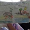 Thaliana laver flotte tegninger til sine opgaver - Foto: Heidi Brehm
