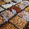 Der sælges alverdens nødder på markedet. Mandler, pistacie- og cashewnødder bruges i mange forskellige jordanske retter. Foto: William Vest-Lillesøe