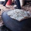 Shrak er et fladbrød, man laver over bål. - Foto: William Vest-Lillesøe