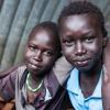 I en flygtningelejr uden for hovedstaden Juba bor Simon på 11 og Samuel på 15. De er brødre og håber begge, at de snart kan flytte ud af lejren sammen med deres familier - foto: William Vest-Lillesøe