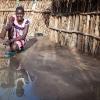 Mange børn i Sydsudan får ikke lov til at gå i skole, især ikke piger. Men 16-årige Tapitha har fået lov til at fortsætte - foto: William Vest-Lillesøe