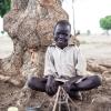 Børnene i Sydsudan bygger flotte huse af ler. - foto: William Vest-Lillesøe
